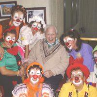 clown_1_900x599